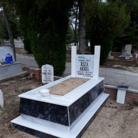 Güven İş Mermer Granit Mezar Modelleri